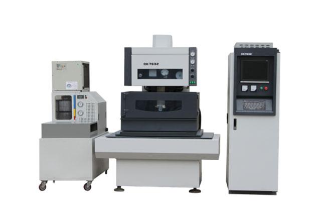 Slow-wire-EDM-Cutting-Machine